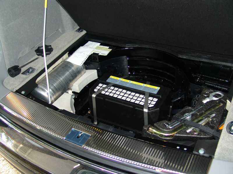 touareg battery location get free image about wiring diagram. Black Bedroom Furniture Sets. Home Design Ideas